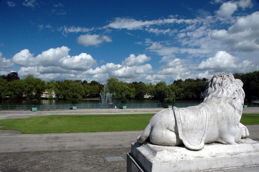 Der Park des Schloss Benrath in Düsseldorf von Cityfreizeit